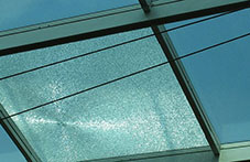 high level glass replacement vitrine